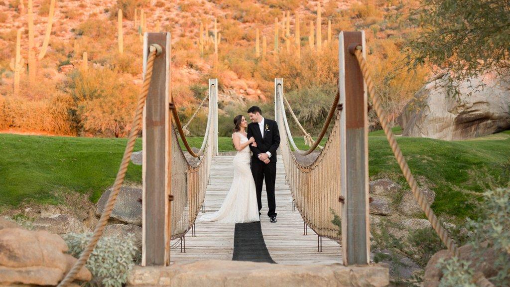 Marana which includes a bridge and desert views as well as a couple
