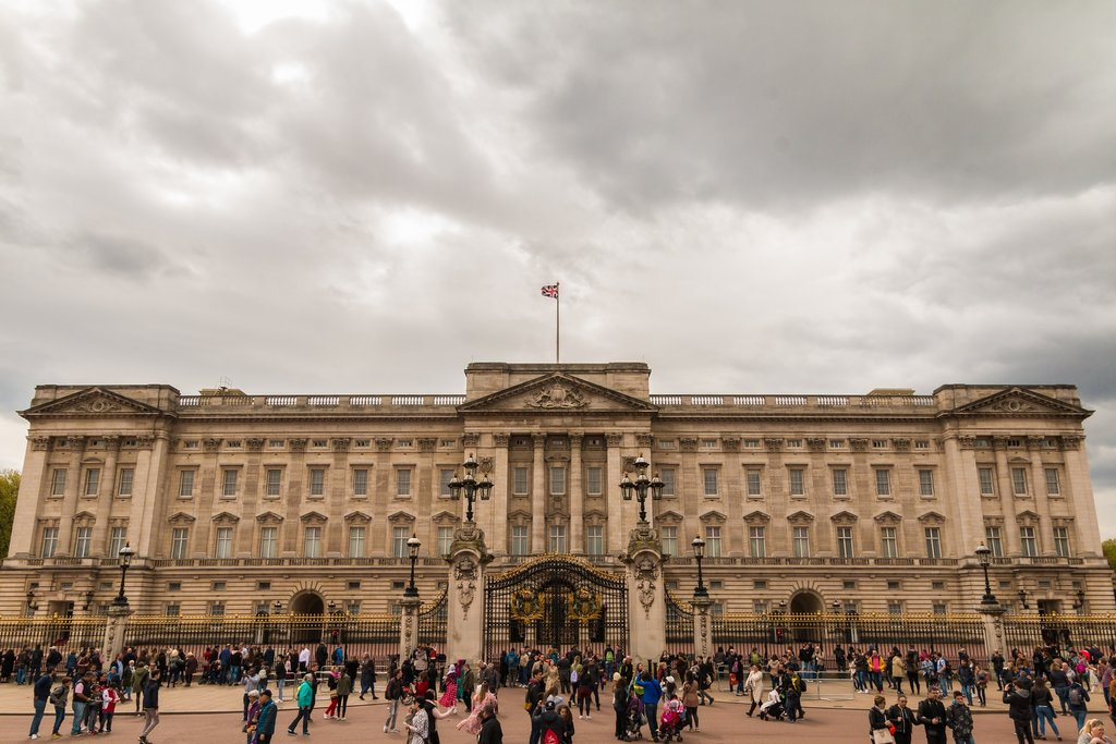 buckingham-palace.jpg?1543335820