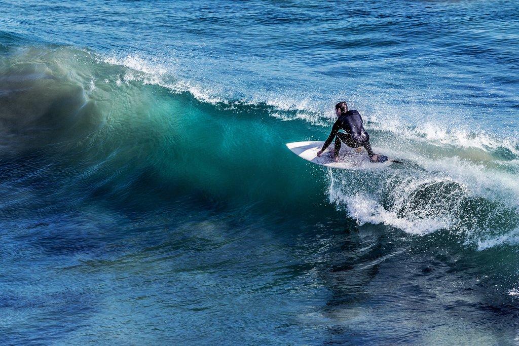 surfing-1208255_1920.jpg?1559574283