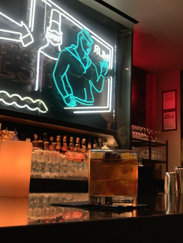 w-times-square-hotel-bar-gay.jpg?1558870218