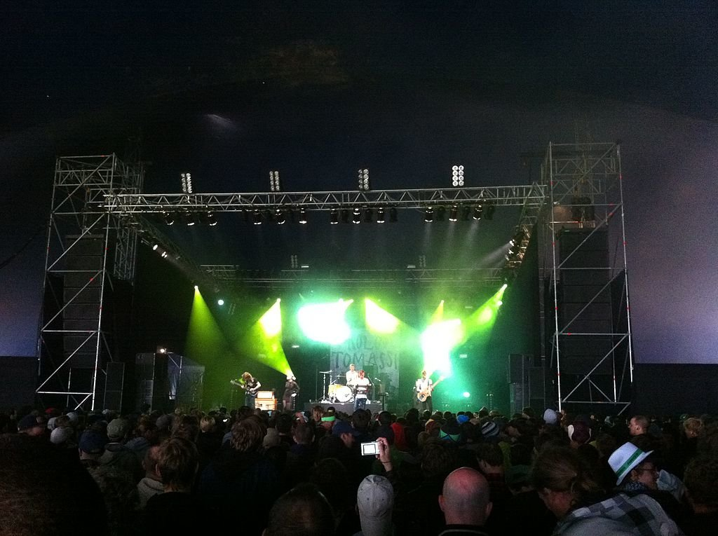 1024px-Rolo_Tomassi-2011-Dour.jpg?1562423248