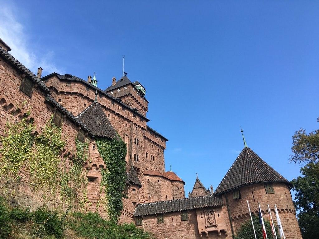 castle-1680453_1920.jpg?1564569322