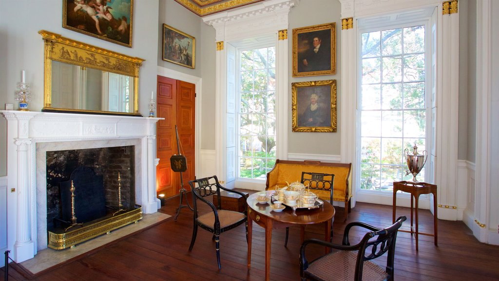 Nathaniel Russell House que inclui elementos de patrimônio e vistas internas