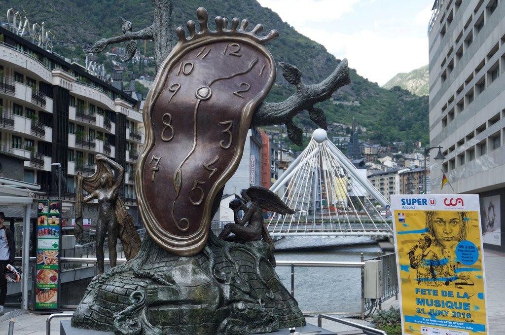 Dónde ir de compras en Andorra la Vella │Explore de Expedia