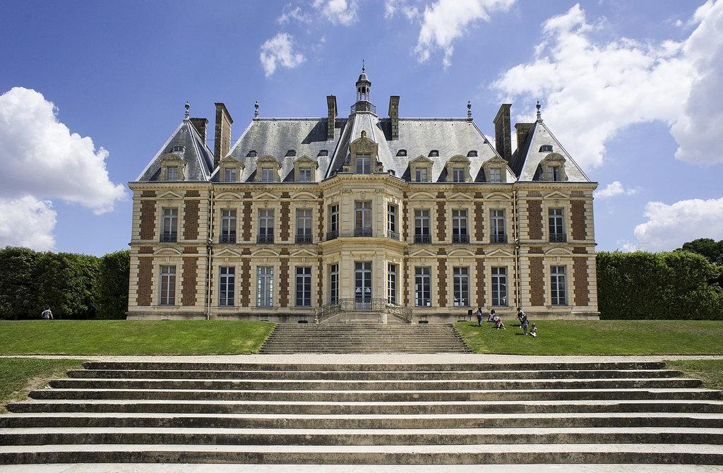 Cha%CC%82teau_de_Sceaux_2010.jpg?1569763287