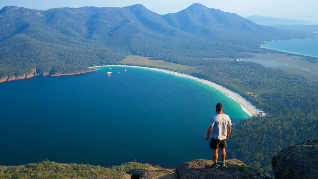 Australia showing tranquil scenes, general coastal views and landscape views