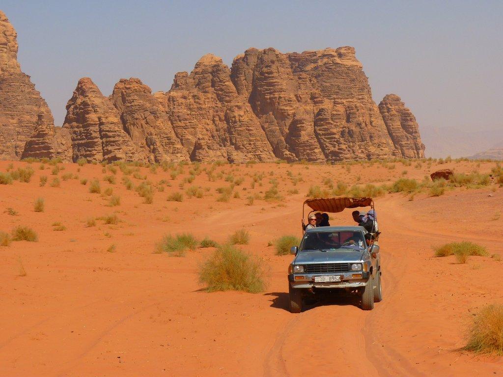 Desert_road.jpg?1565362826