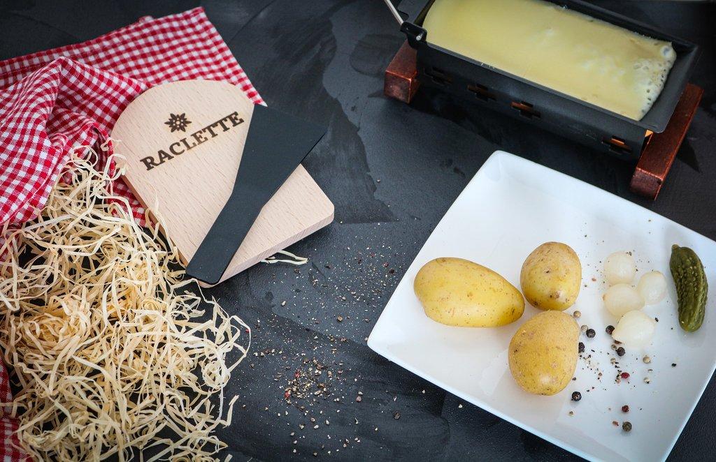 raclette-4498118_1920_%281%29.jpg?1571566132