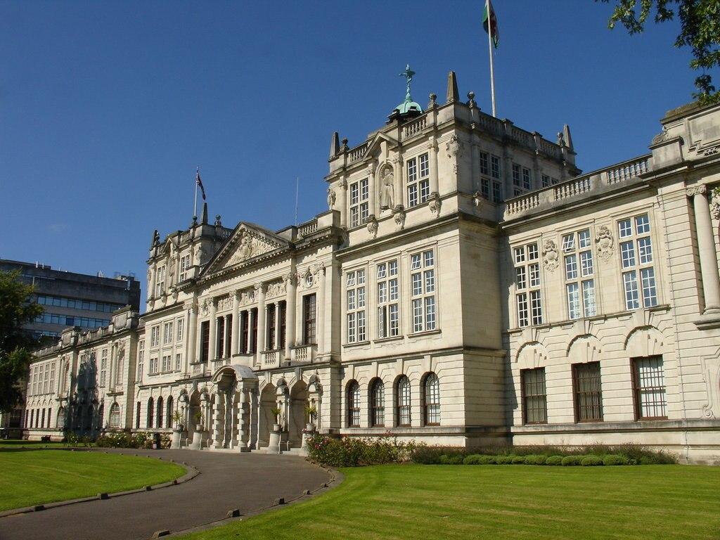 Cardiff_University_main_building.jpg?1572951782