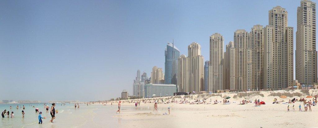 1920px-Dubai_Marina_Beach_Panorama.jpg?1572953700