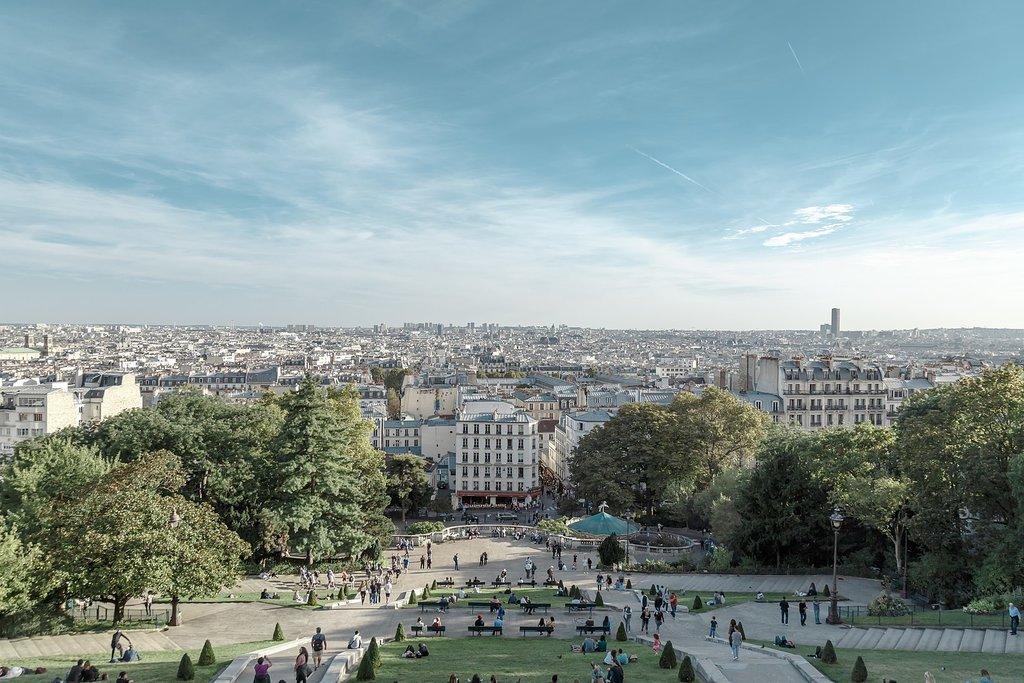 1620px-Montmartre__Paris_%2830141426535%29.jpg?1573136683