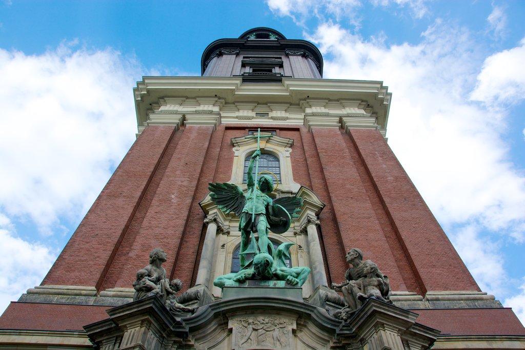 St_Michaels_church_hamburg-tourism_media.jpg?1573573194
