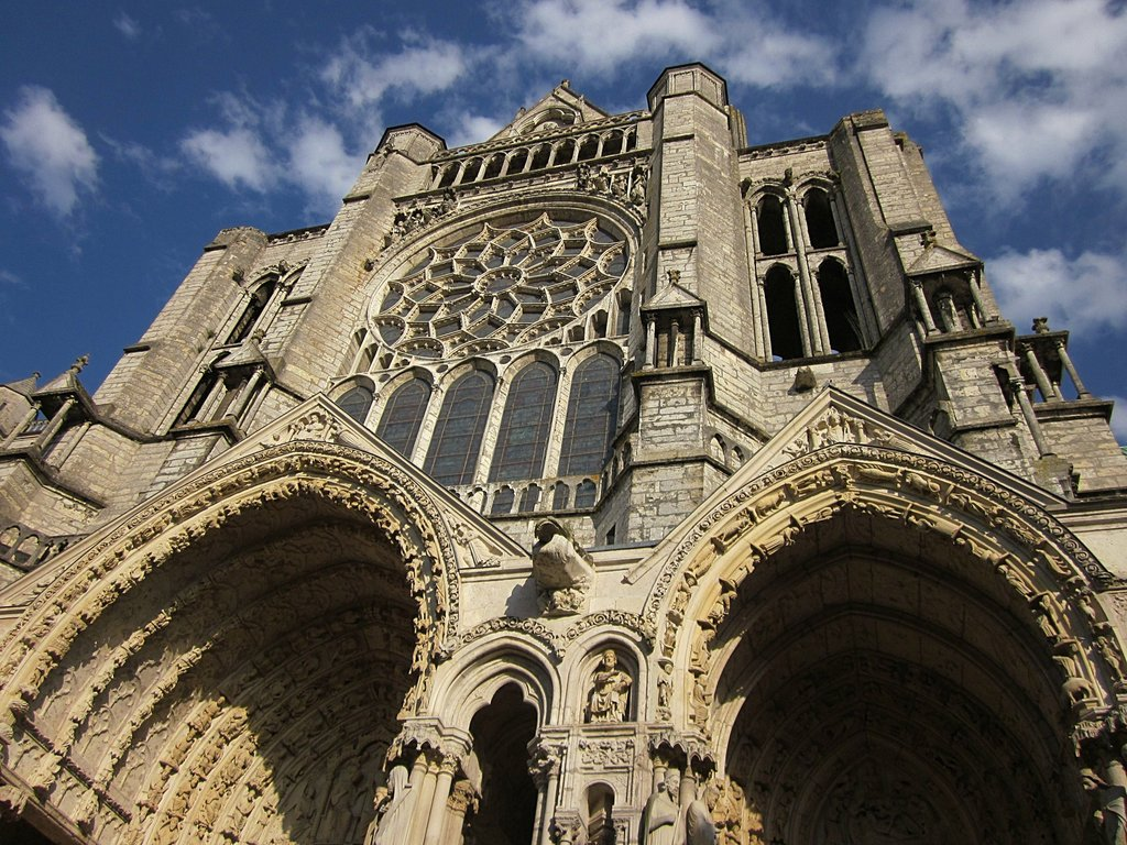 chartres-cathedral-1120139_1920.jpg?1575966513