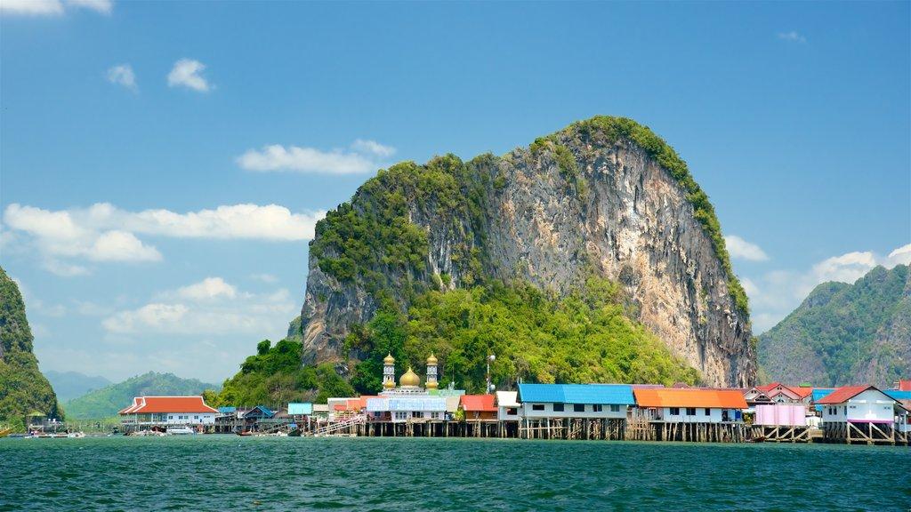 Ko Panyi which includes general coastal views and island views
