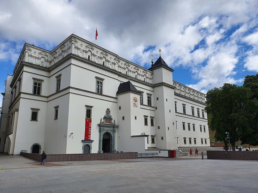 1440px-Palace_of_the_Grand_Dukes_of_Lithuania_2019_2.jpg?1576685829