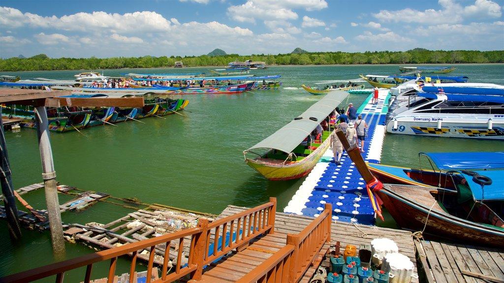 Phang Nga showing a bay or harbor and boating