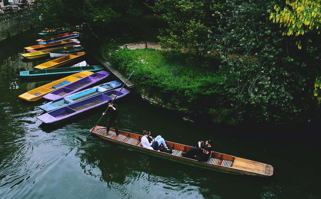 Punting-in-Oxford.jpg?1576704714