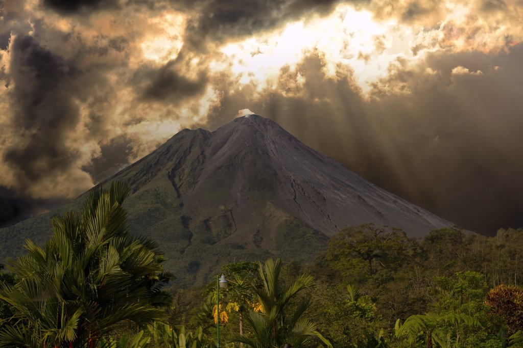 costa-rica-2580657_1920.jpg?1577724792