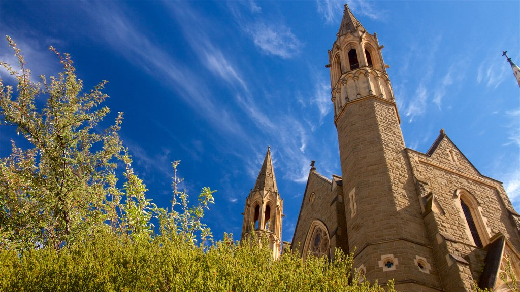 Bendigo showing heritage elements and a church or cathedral