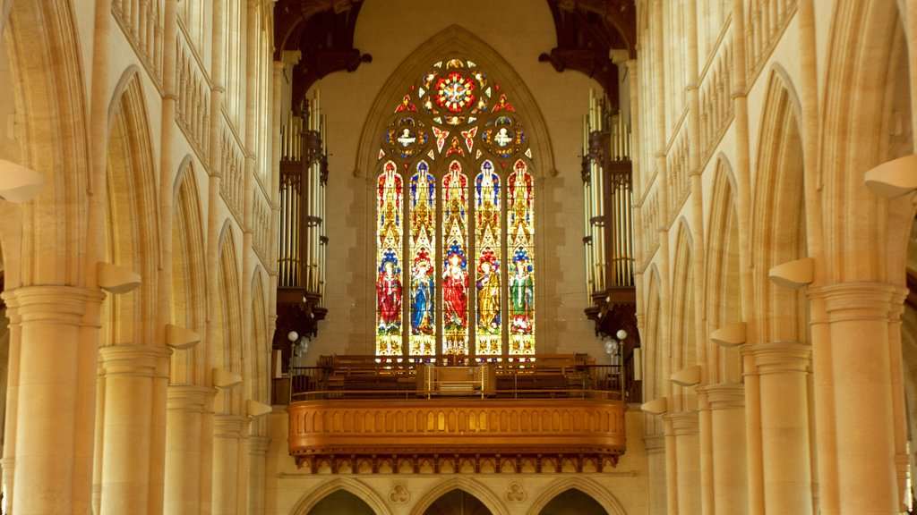 Bendigo featuring a church or cathedral, heritage elements and interior views