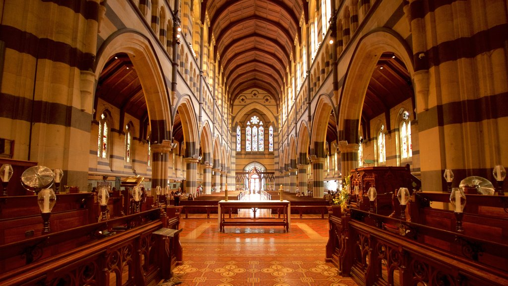 St Paul\'s Cathedral showing a church or cathedral, heritage architecture and interior views