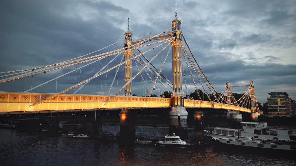Albert_Bridge.jpg?1578568941