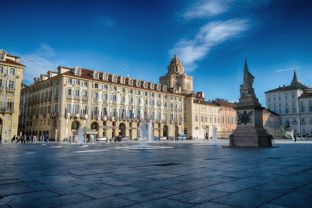 Piazza-Castello-Turin.jpg?1578750304