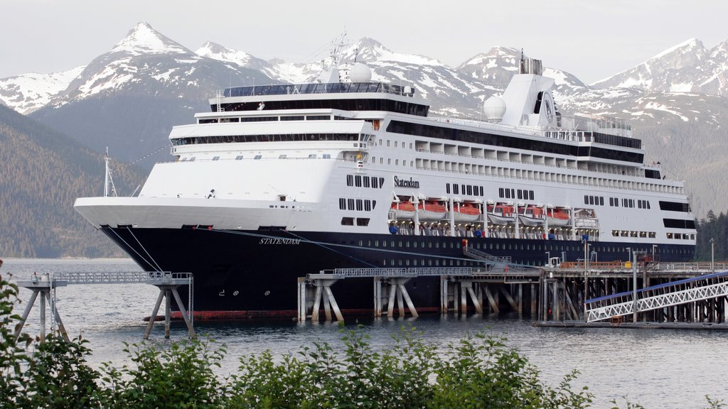 Haines featuring mountains, cruising and a bay or harbor