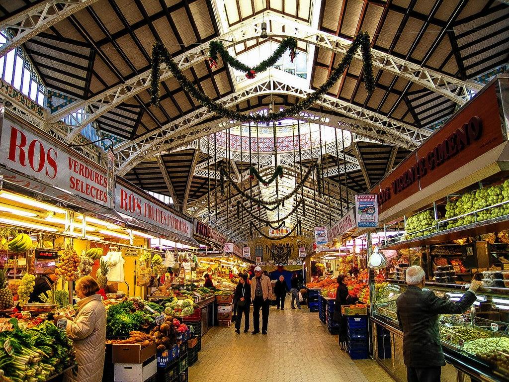 market-in-valencia-spain.jpg?1578496899