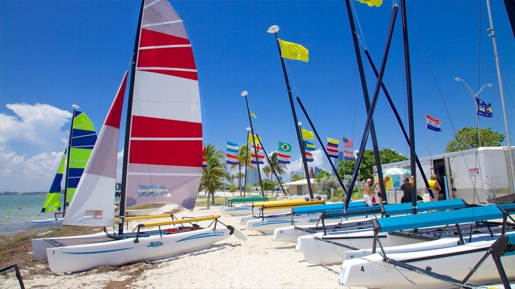 Miami showing sailing