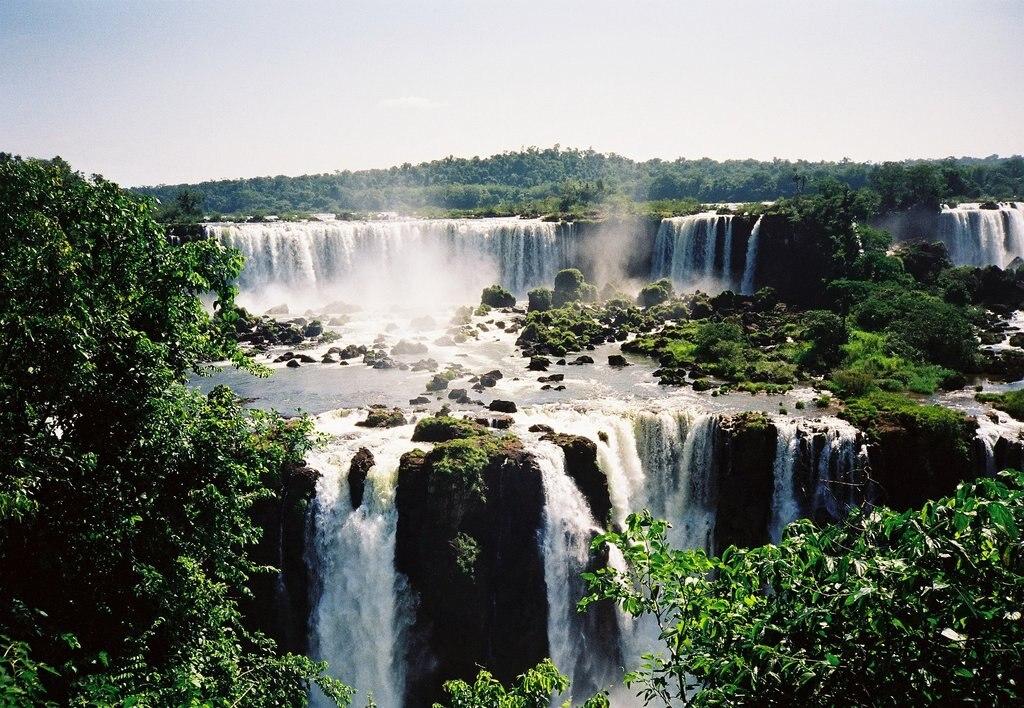 Iguazu_chutes_CC0.jpg?1544194215