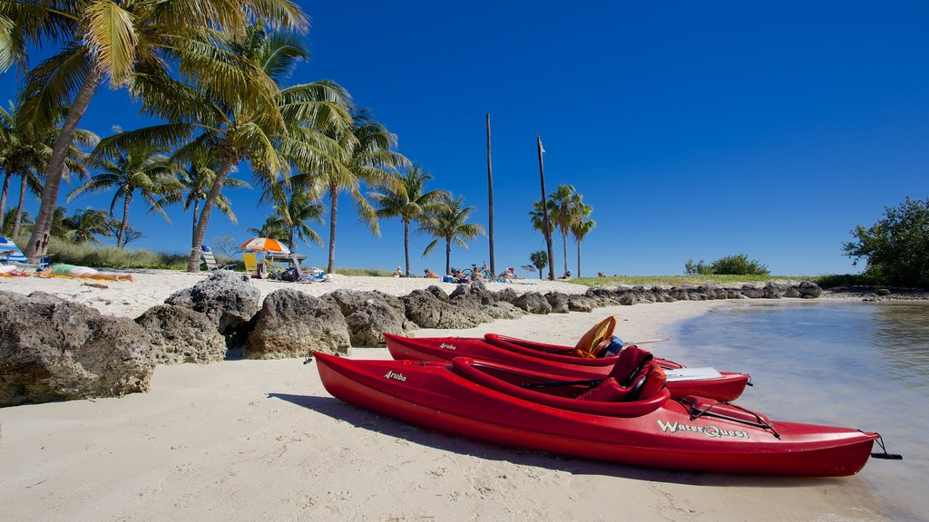Sombrero Beach showing kayaking or canoeing, a bay or harbor and a beach