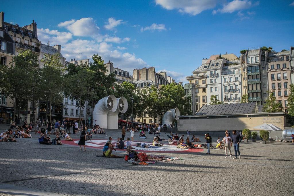 paris-france-canon7d-centre-pompidou-town-city-1452687-pxhere.com.jpg?1580834968