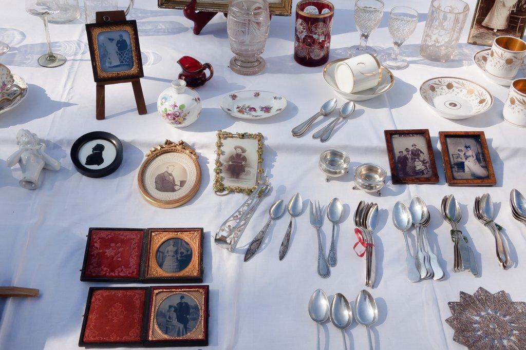 silverware-antique-old-junk-art-design-932368-pxhere.com.jpg?1580986199