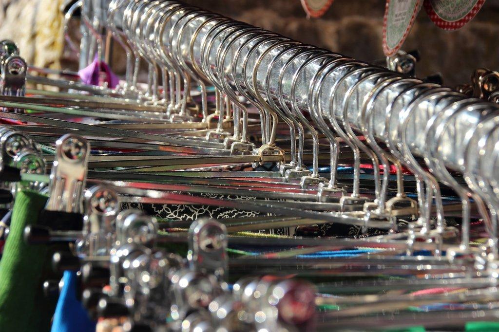 shine-metal-clothing-boutique-art-sell-715467-pxhere.com.jpg?1580988719