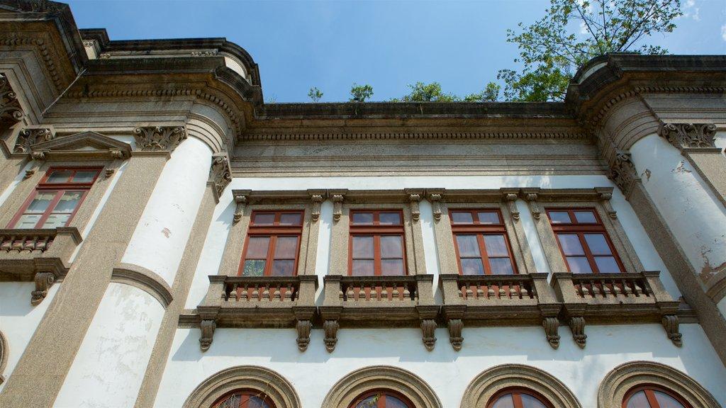 Río de Janeiro que incluye elementos del patrimonio