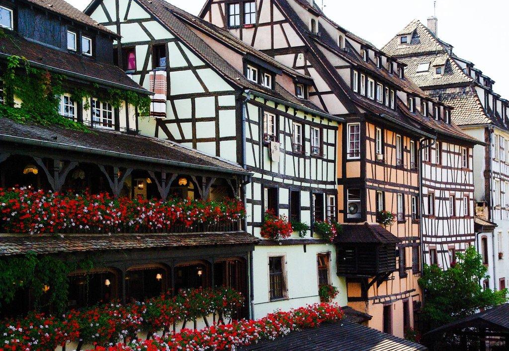 town-downtown-france-landmark-facade-strasbourg-1068341-pxhere.com.jpg?1581335956