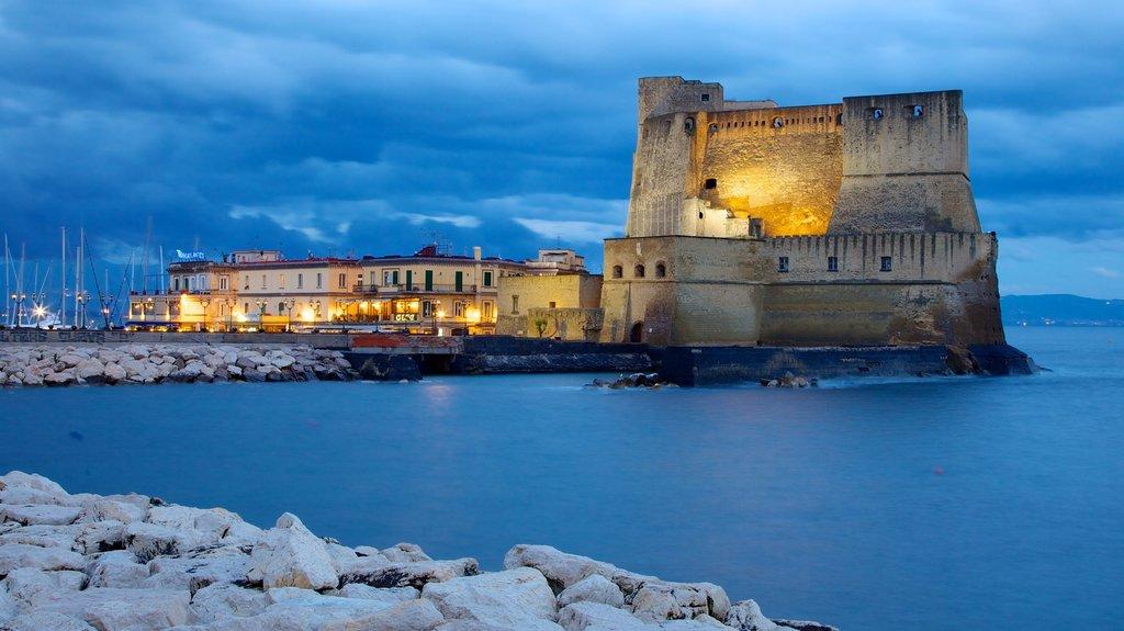 Castel dell'Ovo in Neapel - Tourism Media
