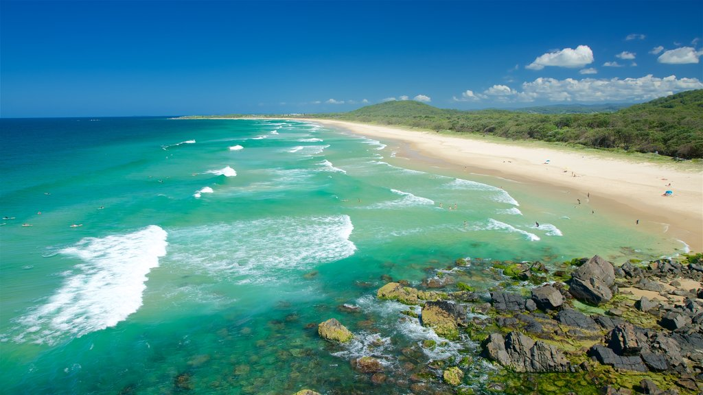 Cabarita Beach which includes a beach