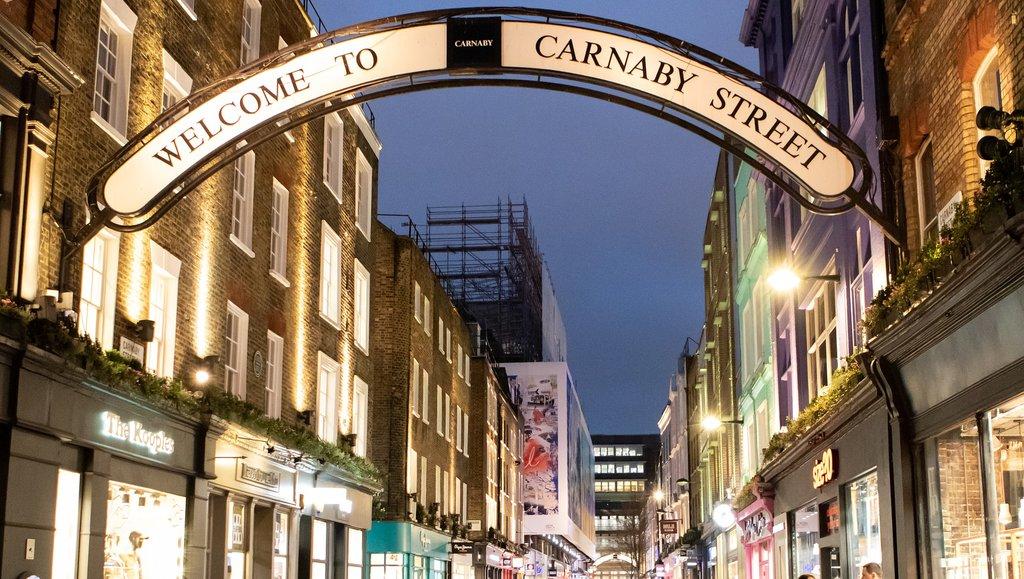 london_carnaby-street.jpg?1582649049