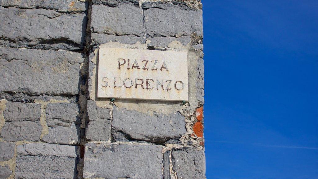 La Spezia showing signage
