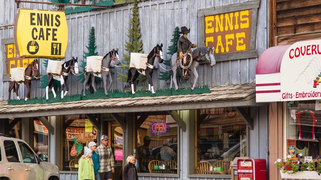 Ennis showing signage and cafe scenes