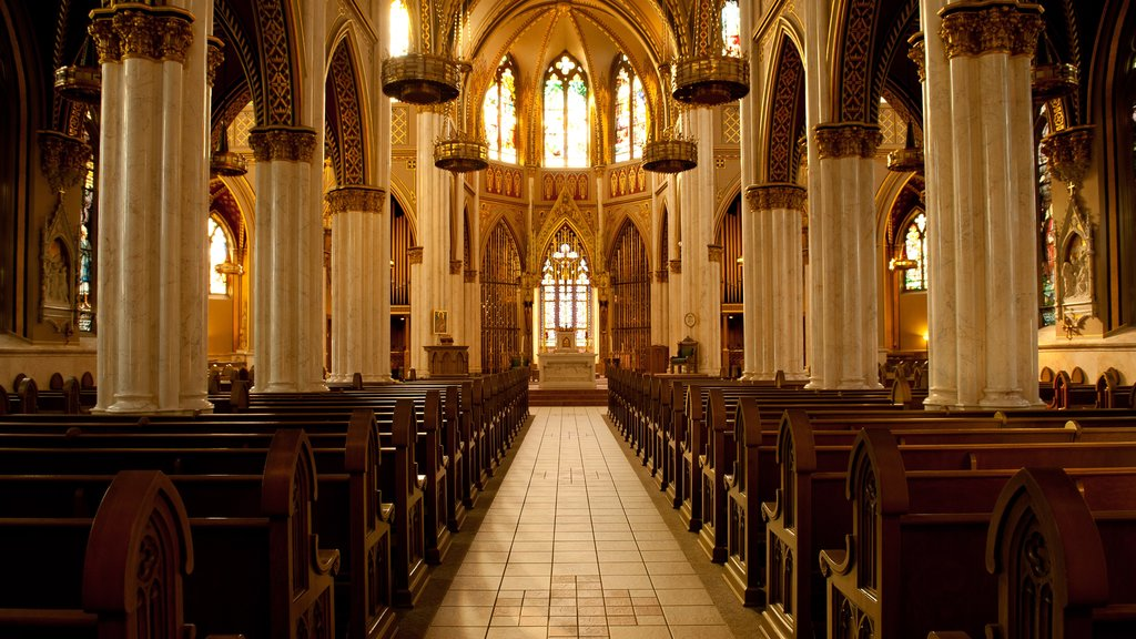 Cathedral of St. Helena ofreciendo una iglesia o catedral, vistas interiores y elementos del patrimonio