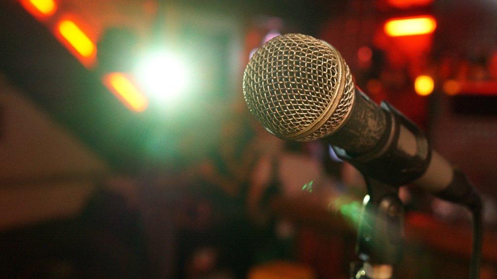comedy_microphone.jpg?1583861622