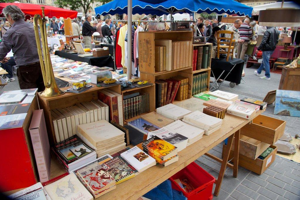 flea-market-books.jpg?1586246337