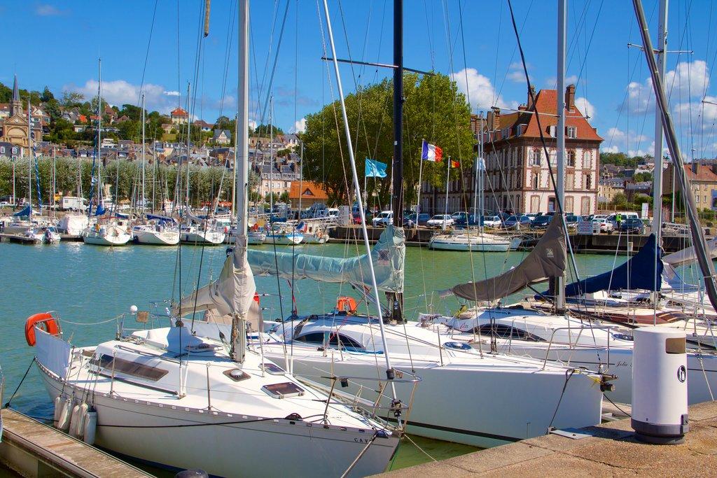 boats-port-deauville.jpg?1586254600