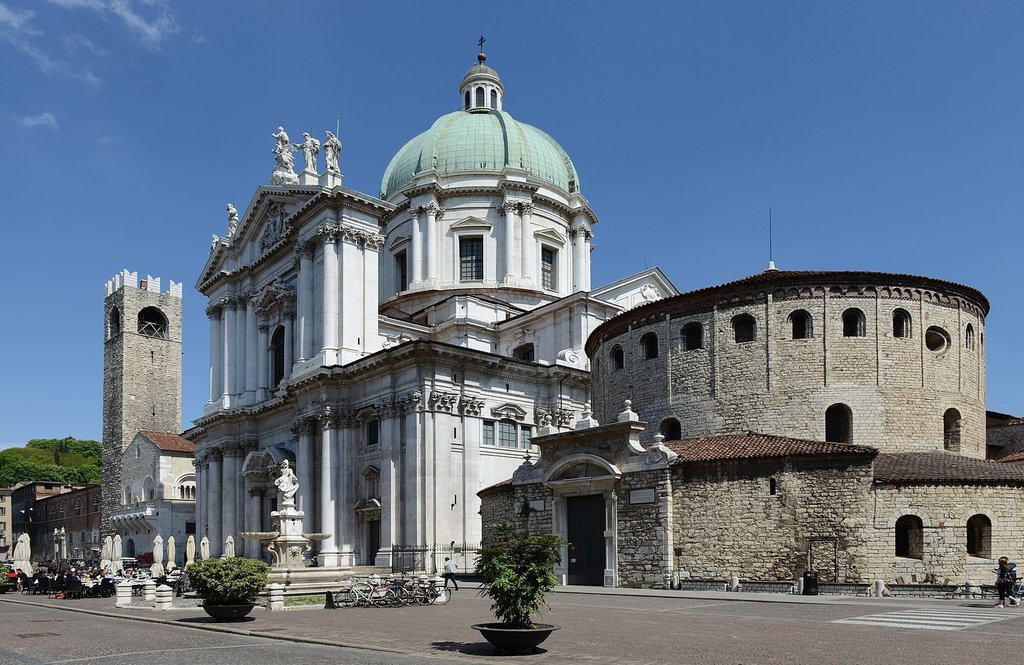 1639px-Cathedral_of_Brescia.jpg?1580332417