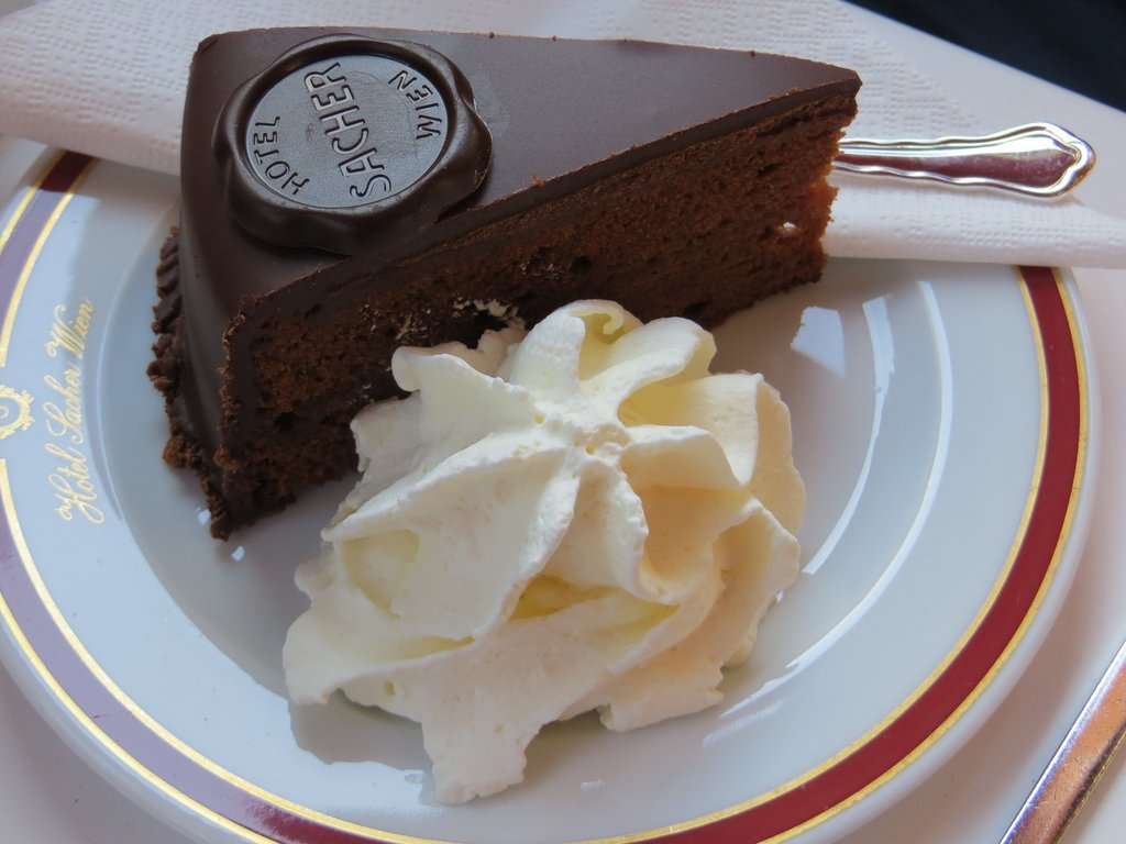 vienna_cake.jpg?1583258316