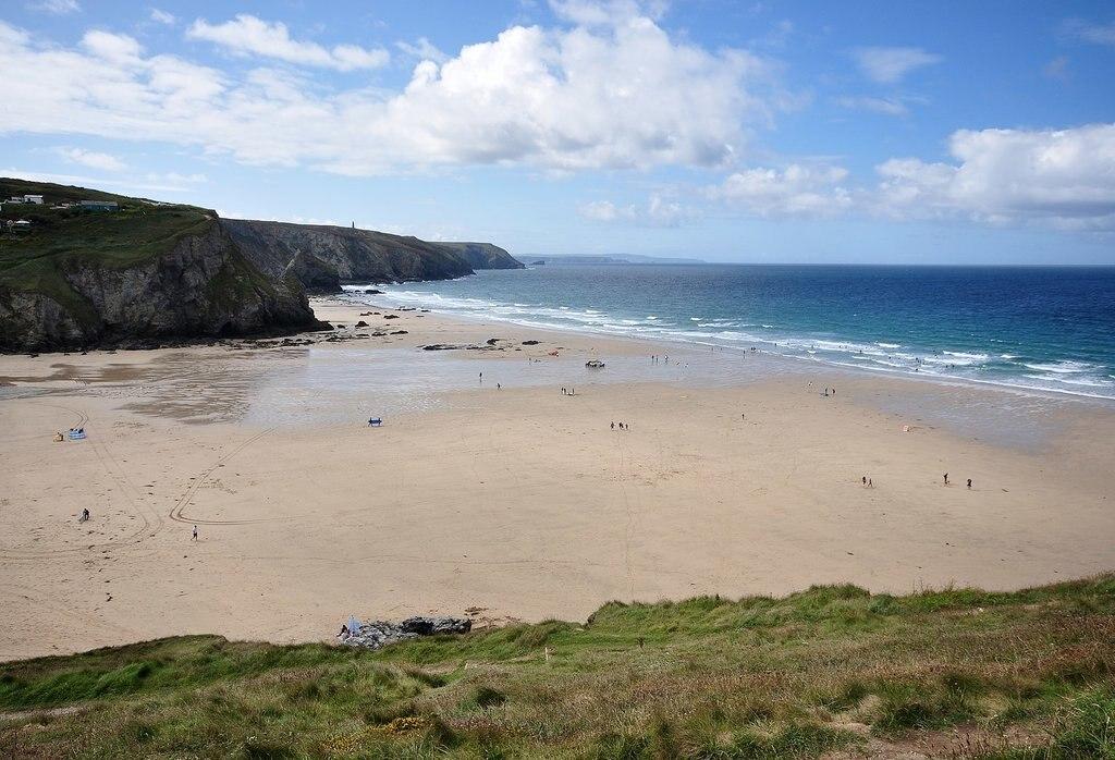 1584px-Porthtowan_beach.jpg?1586890115