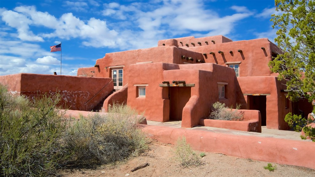 Petrified Forest National Park featuring a hotel and desert views